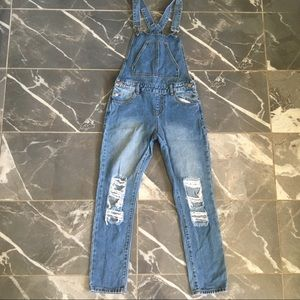 Twiin sisters overalls size small